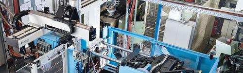 robot cartesiano / 4 ejes / para prensa de inyección / industrial