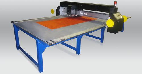 máquina de corte de tejido / para textiles / láser CO2 / de hojas