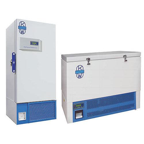 congelador de laboratorio / de tipo arcón / de ultrabaja temperatura / vertical