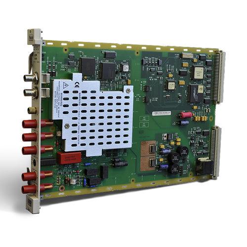 multímetro digital / en bastidor / 300 V / 3 A