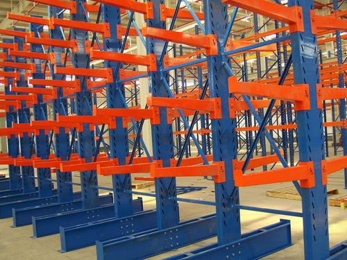sistema de estanterías cantilever / para carga alargada