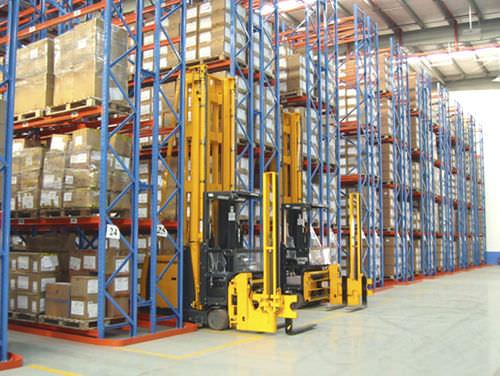 Sistema de estanterías con paleta / para pasillos estrechos ISO9001 ISO14001 | UN-VR0801 Jiangsu Union Logistics System Engineering Co.,Ltd