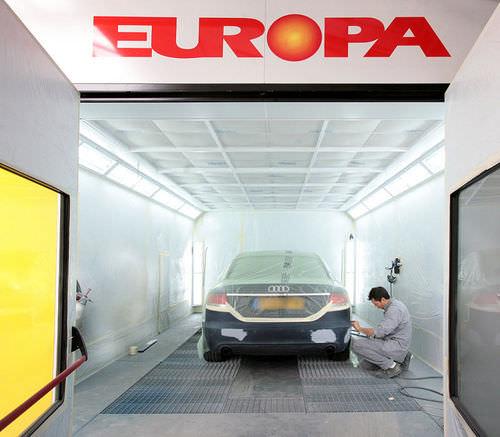 Cabina de pintura cerrada / con filtro / para la industria del automóvil EUROPA