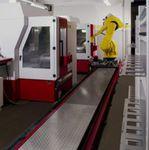 célula robotizada de manipulación / para centro de mecanizado