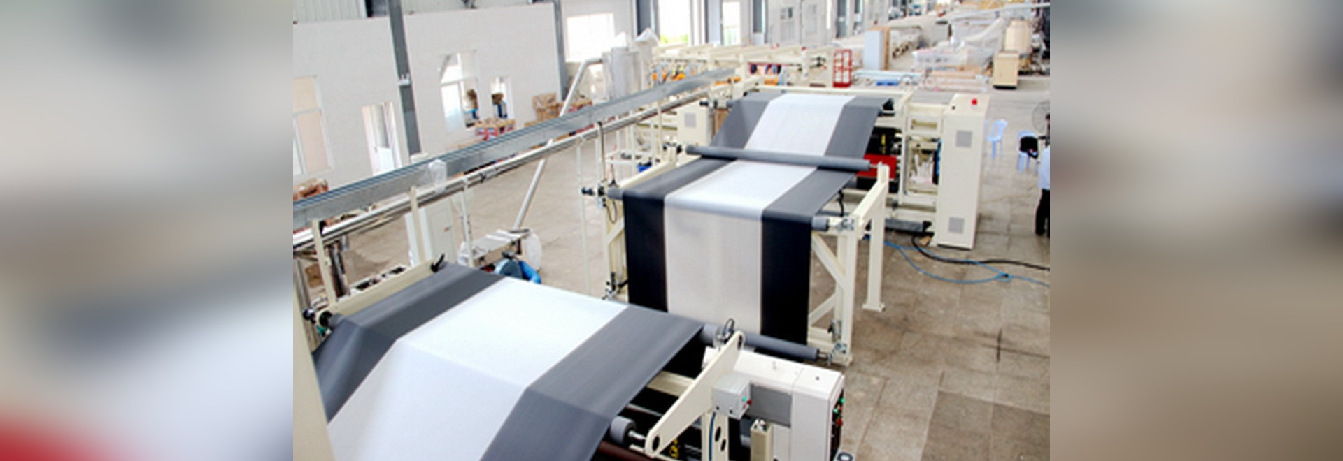 6-layer cubren con pajote la máquina de bastidor de la película en Israel