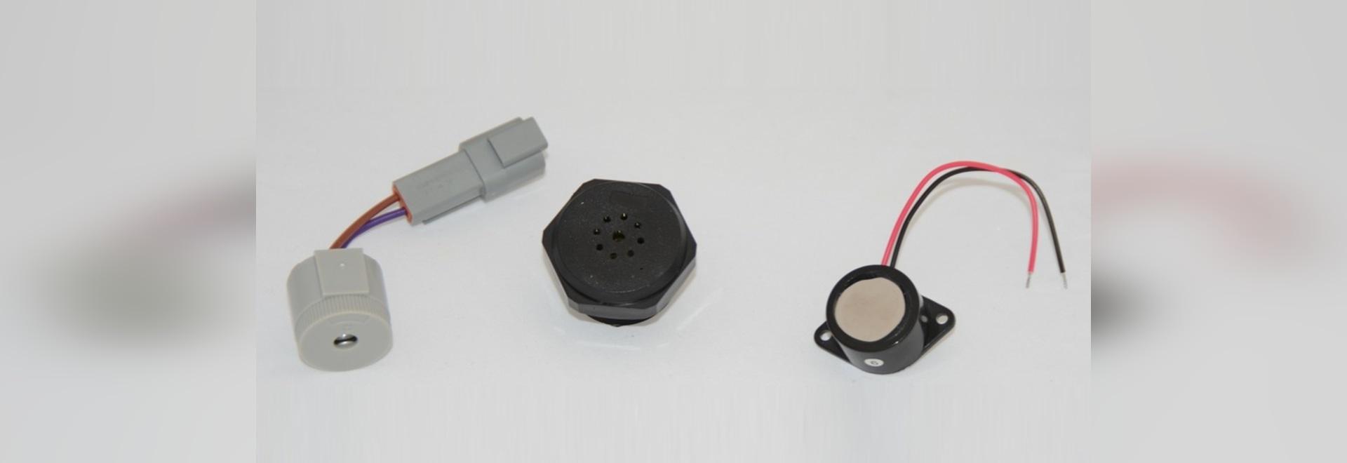 Los componentes audios de la entrada-salida frustran el agua