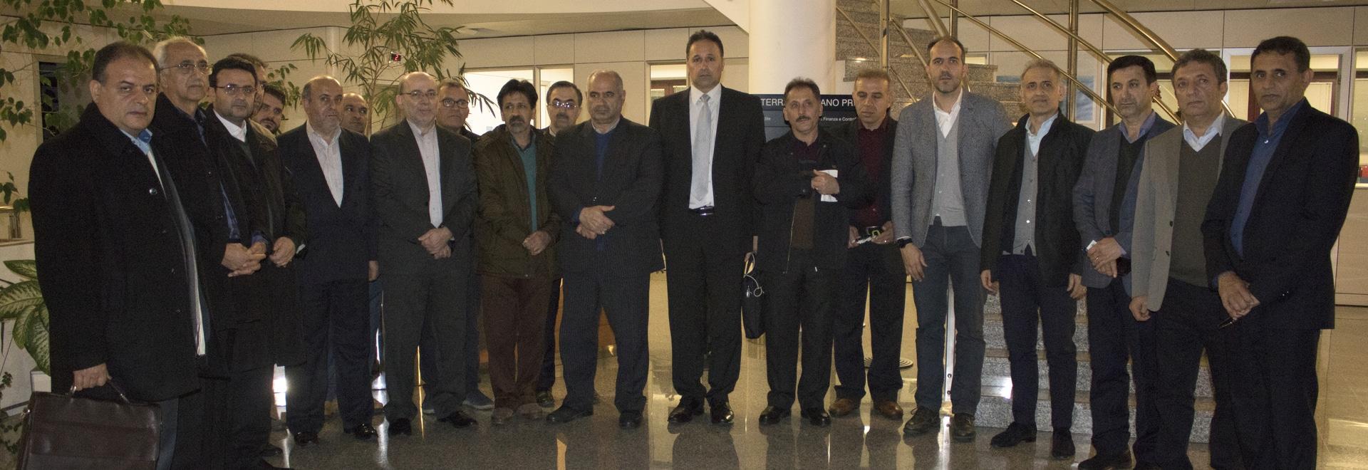 La delegación Iraní de visita en el Grupo Pieralisi