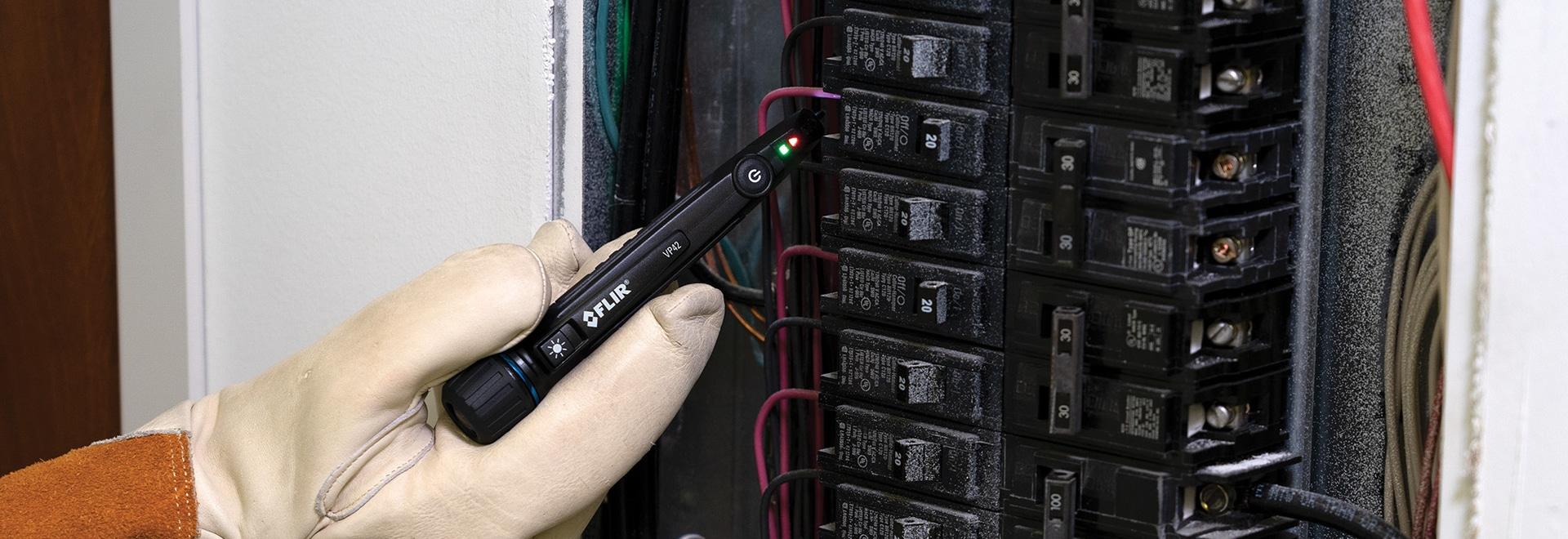 FLIR VP42 Detector de tensión sin contacto