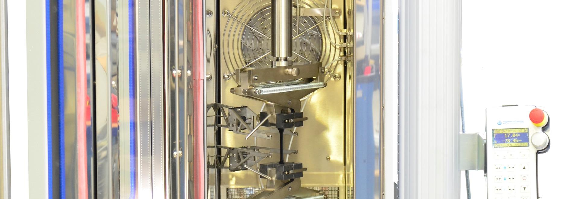 Máquina de ensayos universal Inspekt table 20kN con cámara de temperatura y extensómetro