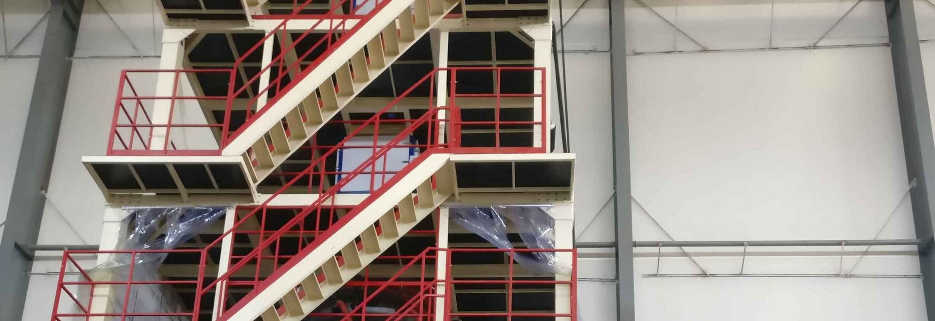 máquina soplada de tres capas de la película (POF) para la película de encogimiento del calor para el cliente en China