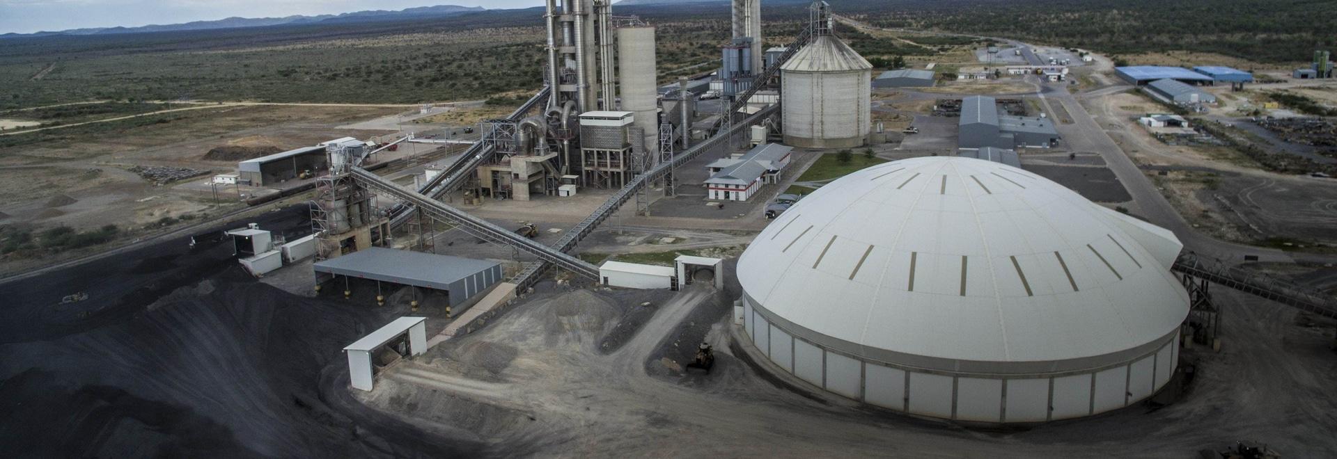 Ohorongo Cement opta por el suministro de una tercera línea de embalaje de BEUMER: