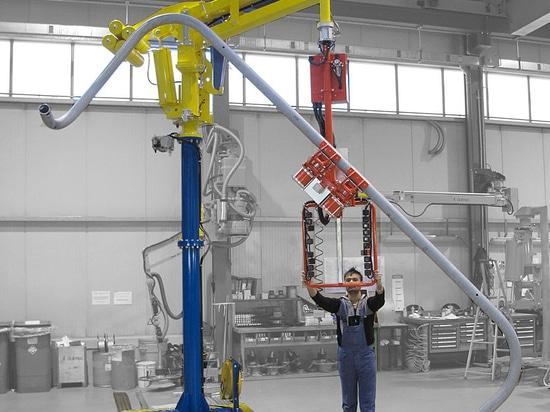 Manipulador Maxipartner con útil para tubos mecánicos