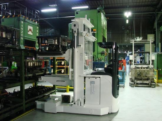 SERAPID apilador eléctrico de troquel doble bandeja con operador llevado SERAPID/Bosch/Fenwick
