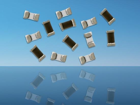 La hoja de metal en Chip Resistors de cerámica de la electrónica del TT reduce factor de forma