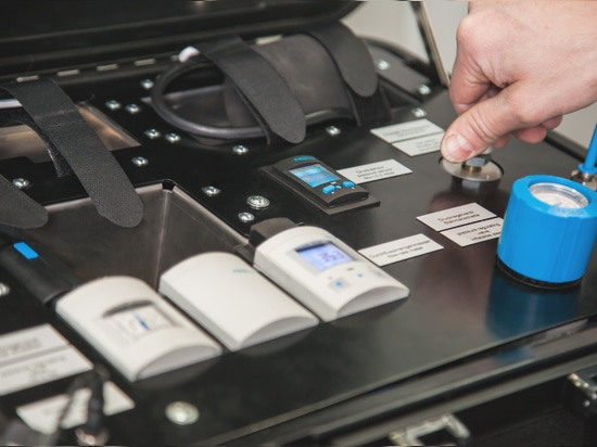 BEUMER Group: Testar la capacidad de purga de aire de los sacos de manera fiable gracias a una unidad móvil