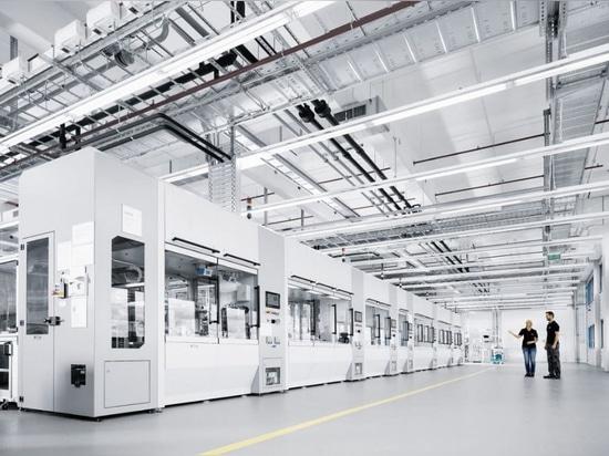 Células de la producción de la válvula de la planta de la tecnología, cortesía de Festo