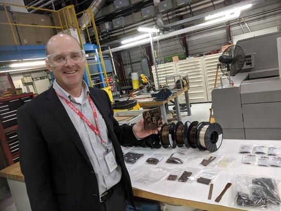 BioCarbon avanzado 3D desarrolla el bioplastic imprimible de alto rendimiento 3D de la madera