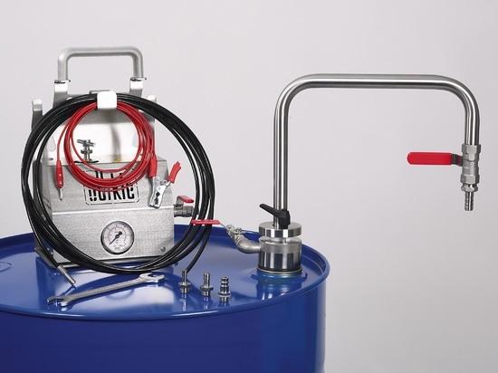 Sistema de extracción de disolventes con tubo de descarga, completo con soporte de transporte