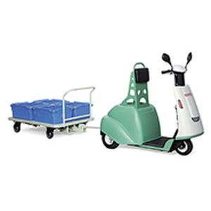 tractor eléctrico / de dos ruedas / para conductor de pie / compacto