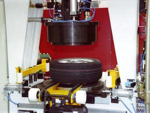 máquina para inflar neumáticos