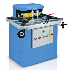 escantonadora de ángulo variable / automática / hidráulica / de corte
