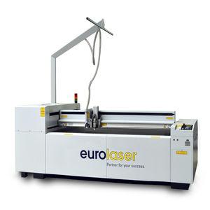máquina de corte láser CO2 / para material plástico / para madera / de tejido
