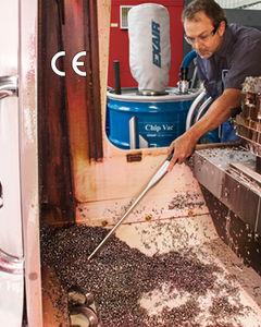 aspirador de aceite y virutas / de aire comprimido / industrial / móvil
