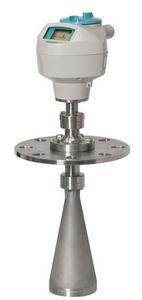 transmisor de nivel radar / para sólidos / de ondas por ráfagas / 2 hilos