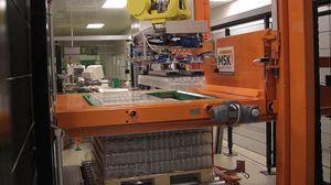 paletizador por capas / robotizado / para botellas / para recipientes de cristal
