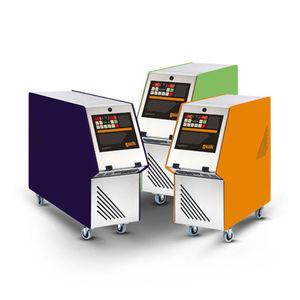 thermorégulatrice de refrigeración / con pantalla táctil / de circulación de agua / para prensa de inyección