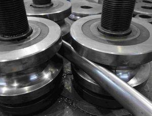 curvado de tubos de metal