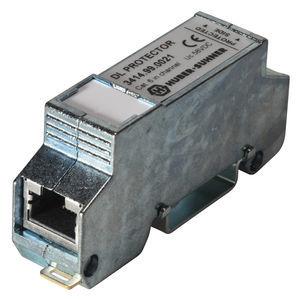 protector de sobretensión de tipo 3 / para línea de transmisión de datos y telecomunicación / en línea