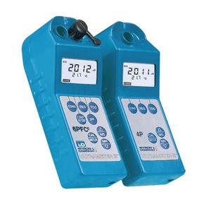 aparato de medición de conductividad