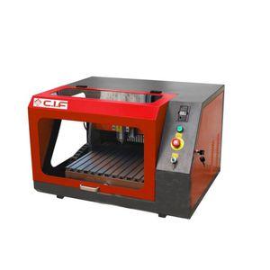máquina de prototipado CNC