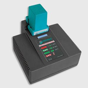 cargador de baterías de polímero de litio / de mesa / monofásico / para herramientas sin cable