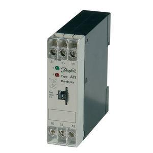 temporizador electrónico / con retardo de atracción / en riel DIN / para OEM