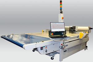 máquina de corte para materiales compuestos / para fibra de vidrio / para textiles / con cutter