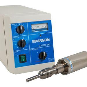 homogeneizador por ultrasonidos / continuo / de laboratorio / compacto