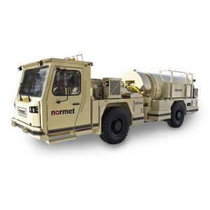 camión hormigonera para mina subterránea / hidráulico