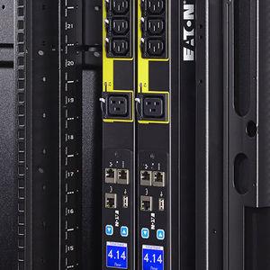 unidad de distribución de alimentación administrable / en bastidor / para centro de procesamiento de datos / IEC