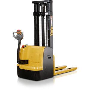 apiladora eléctrica / con operador a pie / para almacén / para palés