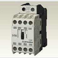 contactor de motor / magnético / en riel DIN / compacto