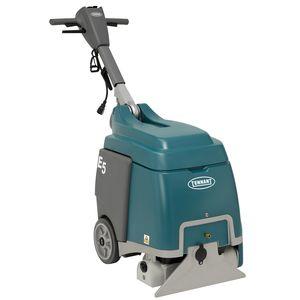 limpiador de moquetas con operador a pie