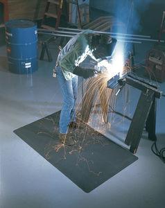alfombra antifatiga / de caucho / para aplicaciones de soldadura