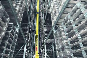 sistema de estanterías de gran altura / con paleta / de acero / compacto