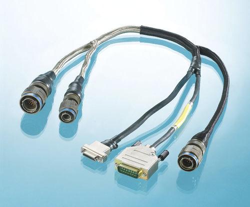 ensamblaje de cables multiconductores / multifilar / para aplicaciones médicas / para aplicaciones militares