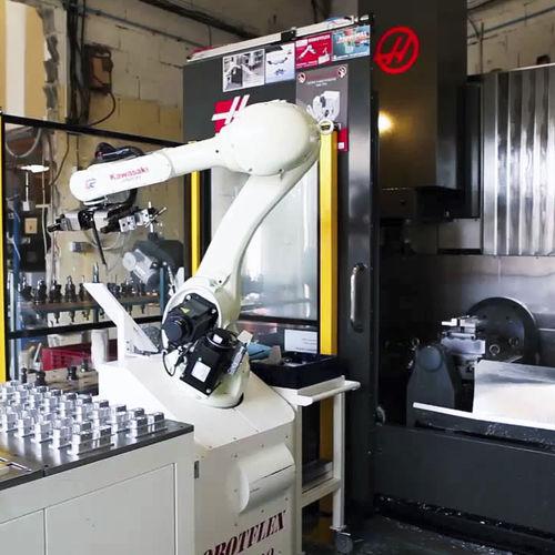 célula robotizada de carga - TECAUMA