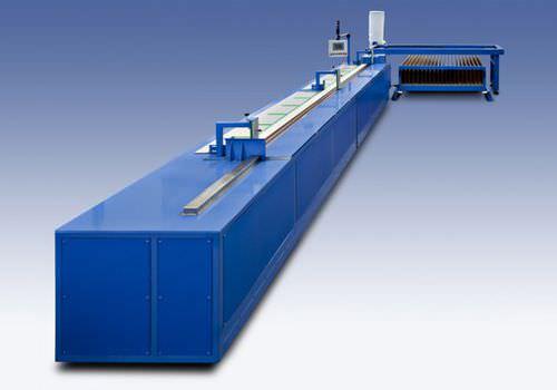 máquina de corte para aluminio - Baruffaldi Plastic Technology