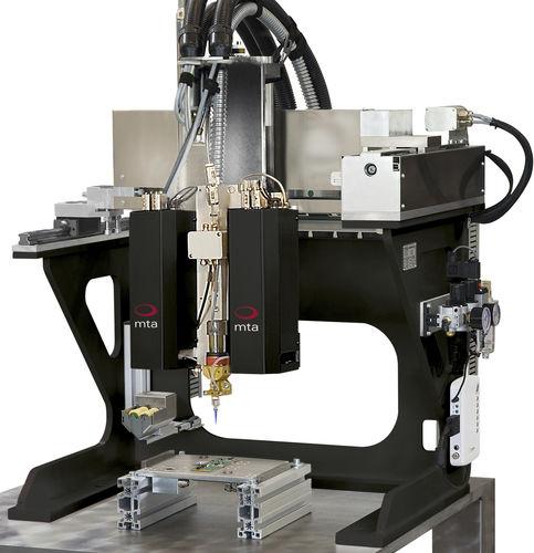 robot de dosificación / cartesiano / 4 ejes / 3 ejes