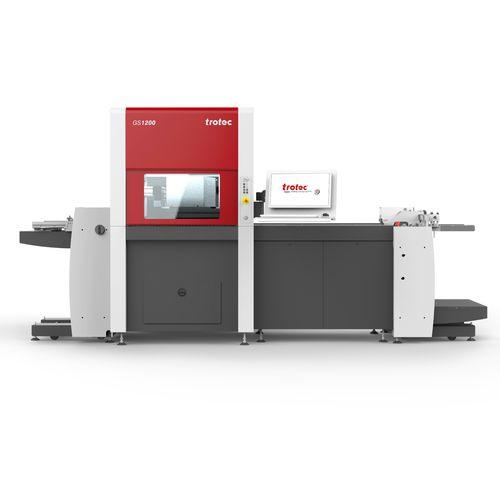 máquina de corte para espuma / de papel / para madera / para cartón